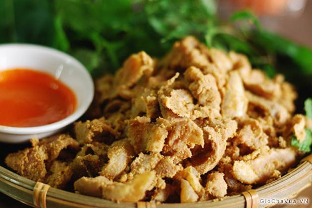 Món thịt chua của người Mường Phú Thọ ngon và có sức hấp dẫn