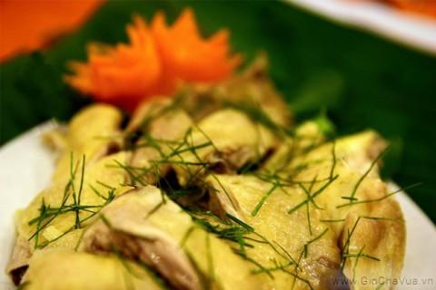 Gà Tiên Yên nổi tiếng ngon ngọt đến từ vùng đất mỏ Quảng Ninh