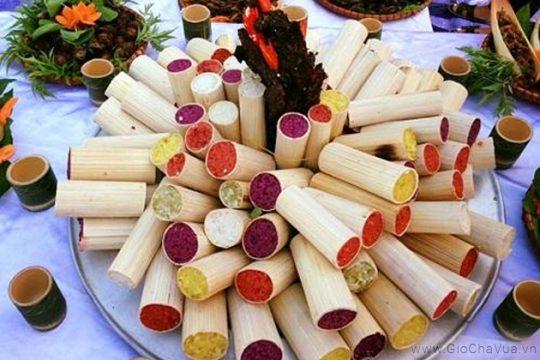 Cơm lam ngũ sắc - đặc sản món ngon của đồng bào dân tộc