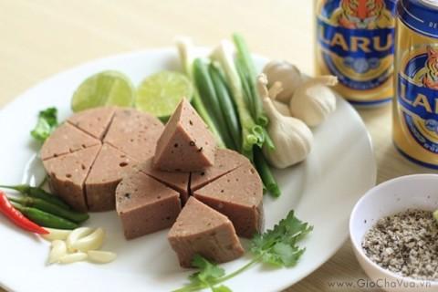 Giò bò Đà Nẵng - Món ngon đặc sản Miền Trung